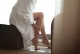 Слабость в ногах: причины, симптомы и особенности лечения